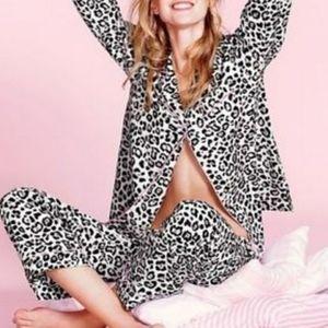Victoria's Secret Animal Print PJ Set Small